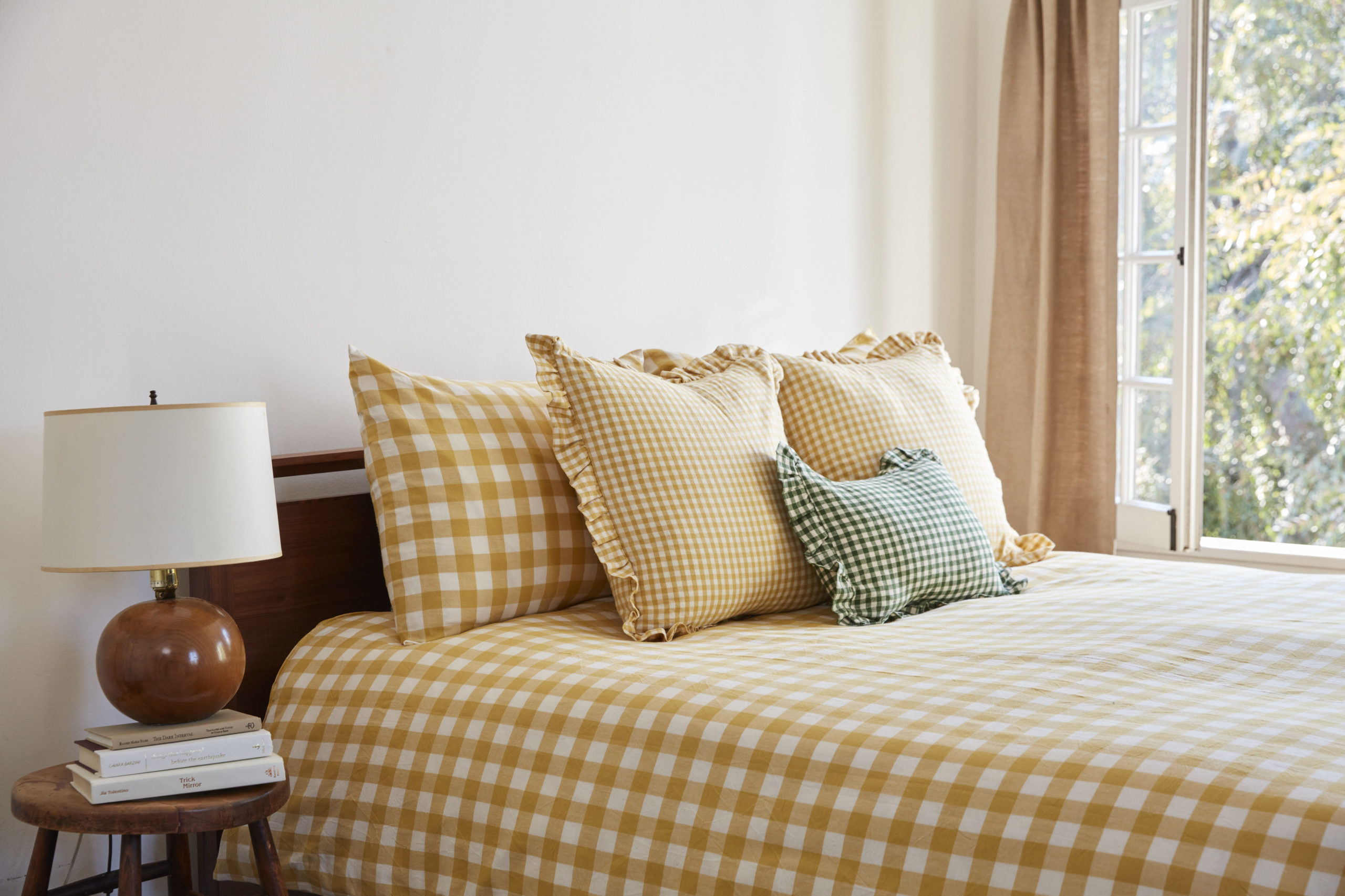 A SUNFLOWER GINGHAM DUVET
