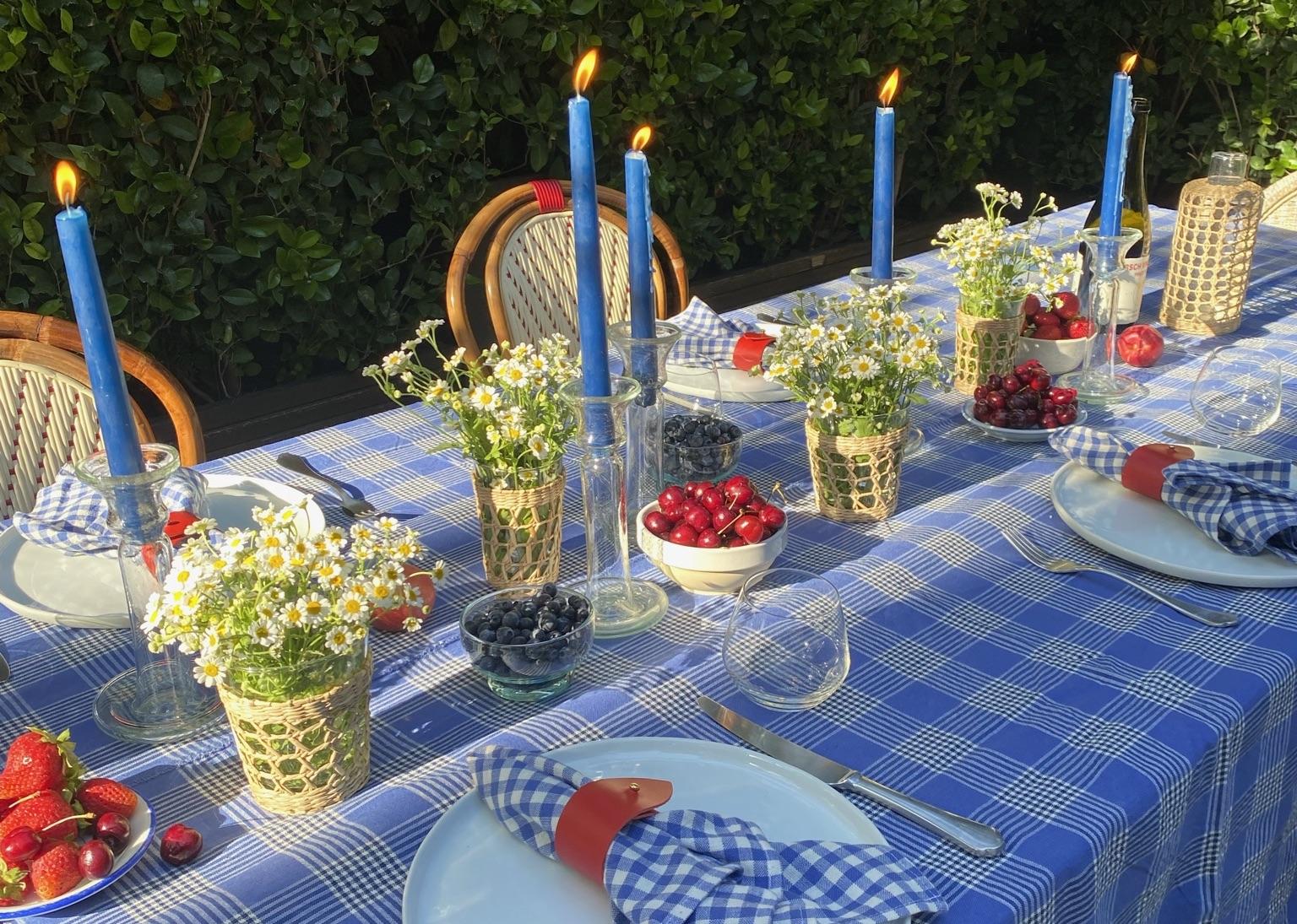 plaid blue table